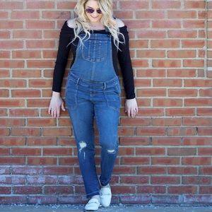 Maternity overalls
